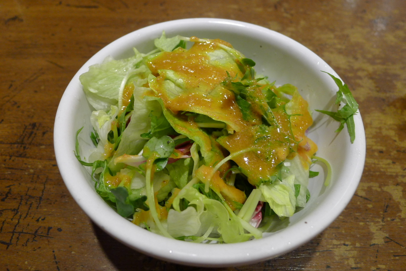 水道橋駅近くのステーキと焙煎カレーの店ふらんす亭のランチセットのサラダ