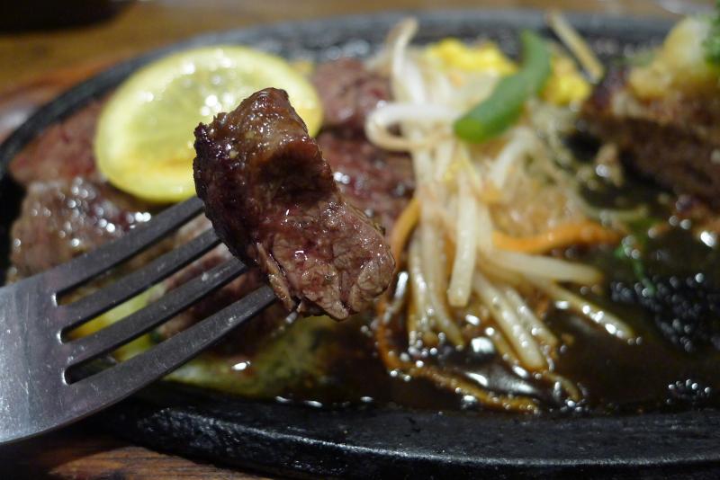水道橋駅近くのステーキと焙煎カレーの店ふらんす亭のハラミステーキ