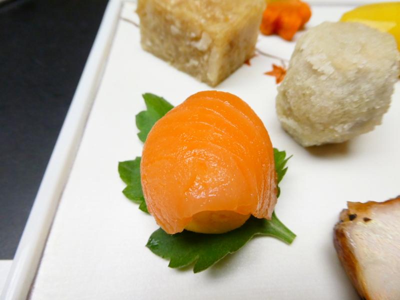 下田野の花亭こむらさきの夕食 前菜 手まり寿司
